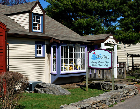 The Bleu Squid Bakery, Cheese Shop, and Grilled Cheese Cafe in Olde Mystic Village