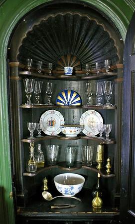 The Drinks Cabinet aka