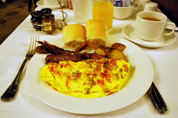 Bacon, Tomato, and Cheddar omelette from the breakfast buffet.