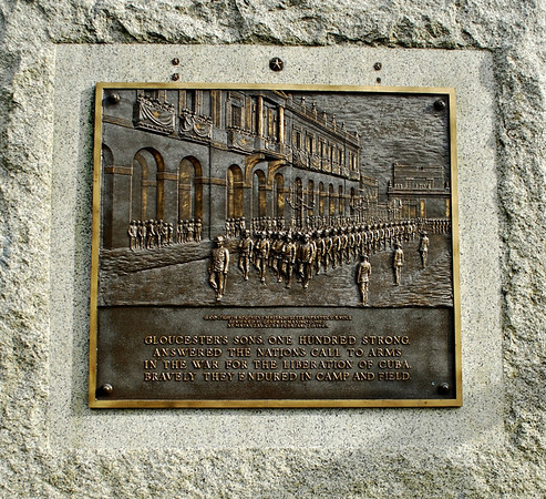 Plaque on Gloucester Spanish War Monument