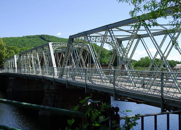 Shelburne Falls, The Iron Bridge