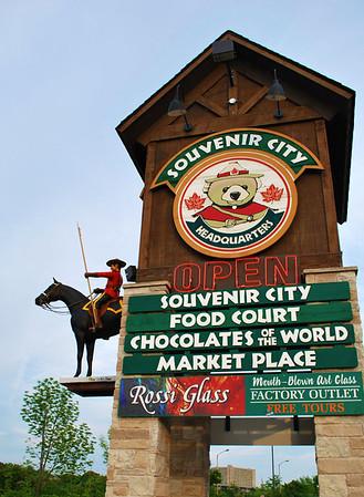 Souvenir City Sign