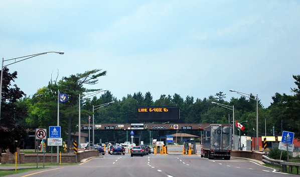 Canadian border crossing near Thousand Islands, New York