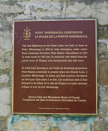 Point Mississauga Lighthouse plaque at Fort Mississauga