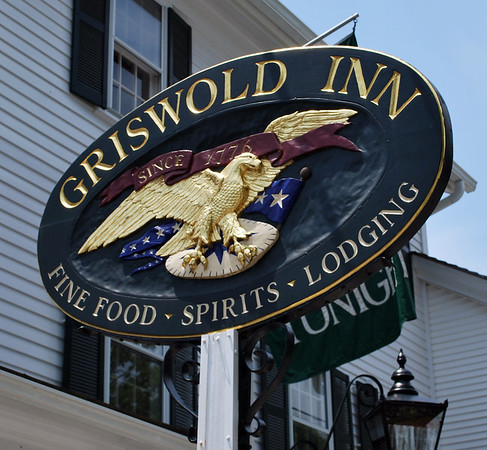 The Griswold Inn Sign