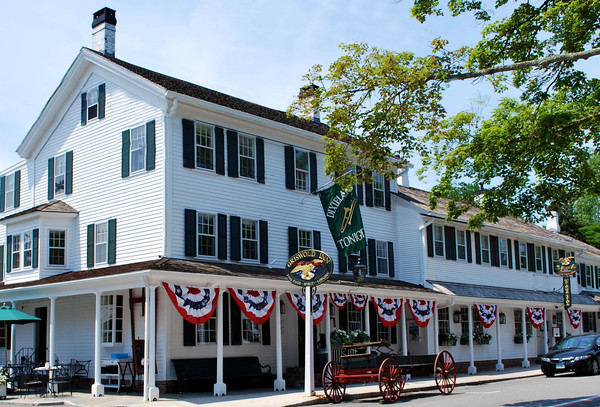 The Griswold Inn in Essex, Connecticut; the United States' oldest continuously operating inn.