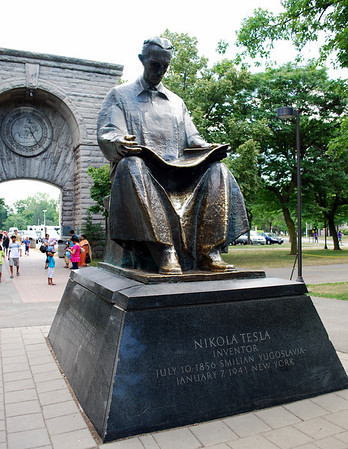 Statue of Nikola Tesla at Niagara Falls State Park, New York.