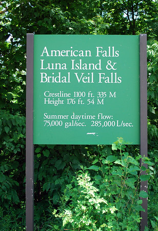 Sign for American Falls, Luna Island, & Bridal Veil Falls