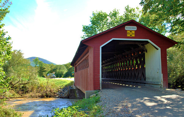 Originally named the Locust Grove Bridge, the Silk Road Bridge is an 88-foot-long Town Lattice design bridge built circa 1840 to span the Walloomsac River in Bennington. The builder is believed to have been Benjamin Sears.